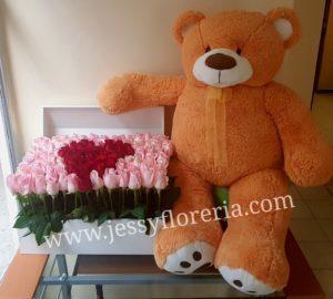 Cofre de rosas con peluche florerias en guadalajara con servicio a domicilio, zapopan, tlaquepaque, tonala, tlajomulco