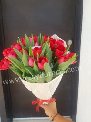Ramo de tulipanes florerias en guadalajara con servicio a domicilio, zapopan, tlaquepaque, tonala, tlajomulco