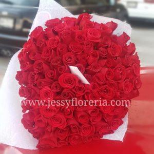 Ramo de 150 rosas rojas florerias en guadalajara con servicio a domicilio, zapopan, tlaquepaque, tonala, tlajomulco