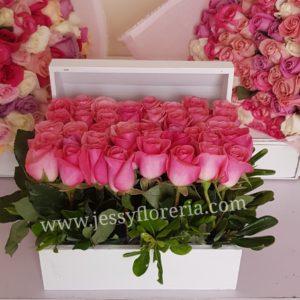 Cofre de 40 rosas florerias en guadalajara con servicio a domicilio, zapopan, tlaquepaque, tonala, tlajomulco