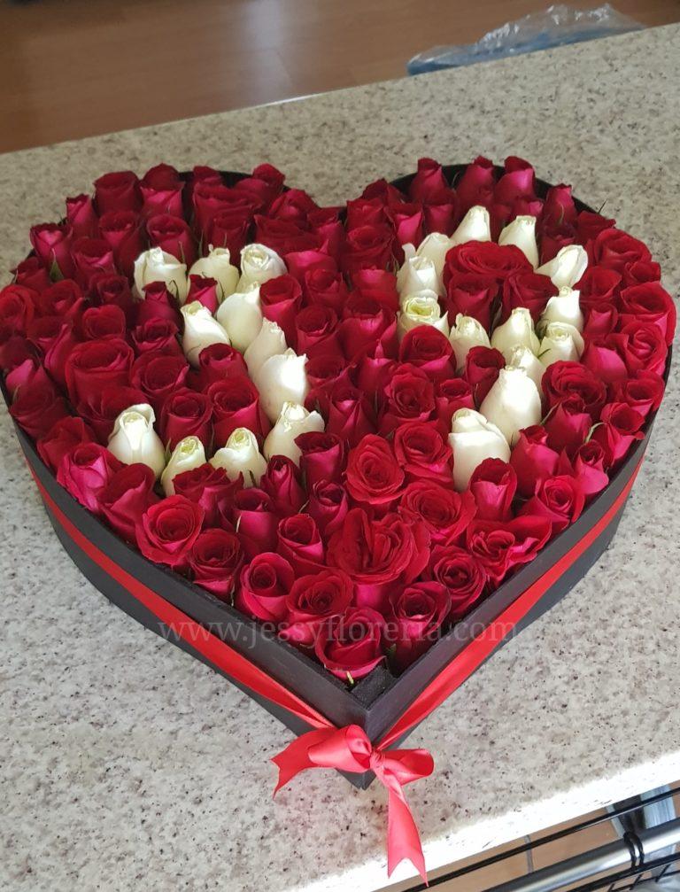 Caja de 120 rosas florerias en guadalajara con servicio a domicilio, zapopan, tlaquepaque, tonala, tlajomulco