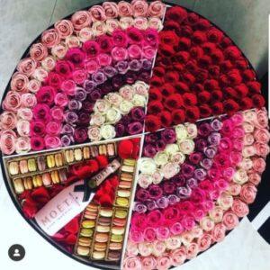 Caja rosas macarrones y Moet florerias en guadalajara con servicio a domicilio, zapopan, tlaquepaque, tonala, tlajomulco
