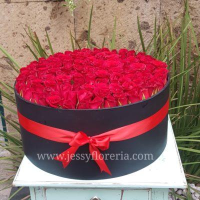 Caja redonda de Rosas (150)