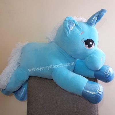 Unicornio azul peluche