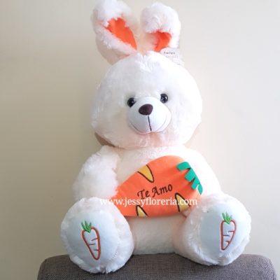Conejo amor peluche