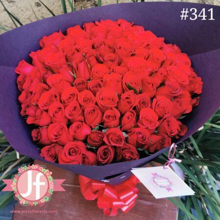 341-Ramo 100 rosas papel negro