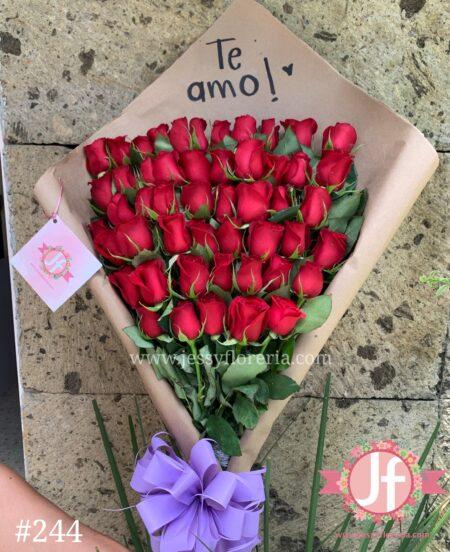 244-ramo-de-50-rosas-en-craft