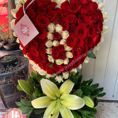 387-corazon-rosas-con-letra