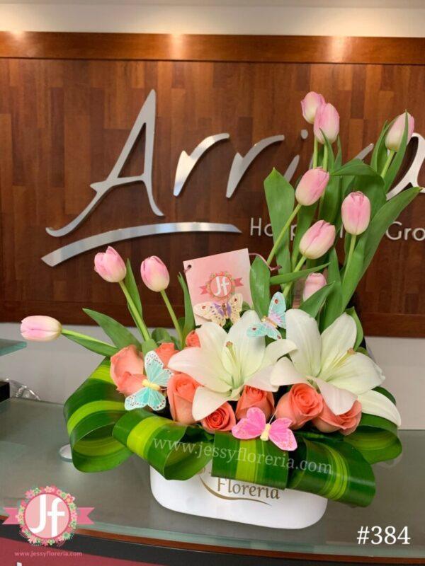 384-jardin-tulipanes-y-rosas