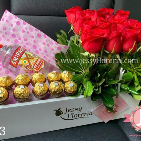 383-caja-rosas-ferrero-y-smirnoff