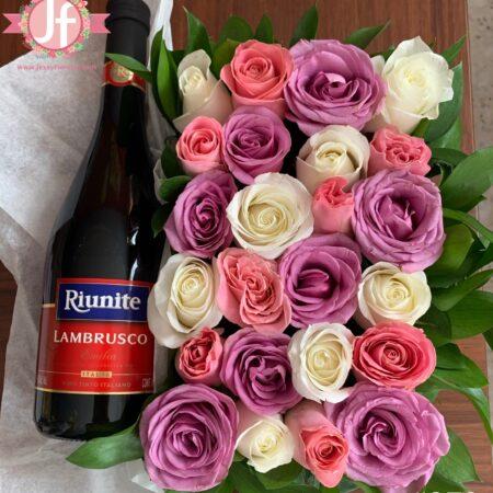 372-Caja 24 rosas tono rosas y Lambrusco