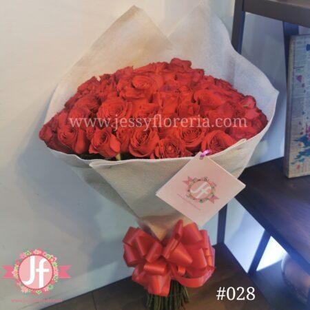 028-ramo-de-100-rosas-rojas