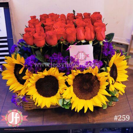 Jardinera 40 rosas y girasoles