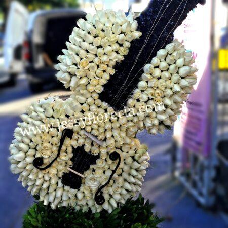 Escultura Violín