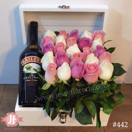 442-Cofre 30 rosas y Baileys