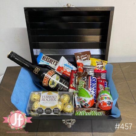 457-Cofre Baileys, Ferrero y chocolates surtidos