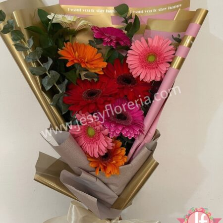 489-Bouquet 9 Gerberas papel metálico
