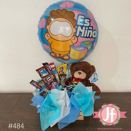 484-Caja con chocolates, peluche y globo de es niño