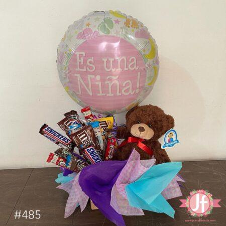 485-Caja con chocolates, peluche y globo de es niña
