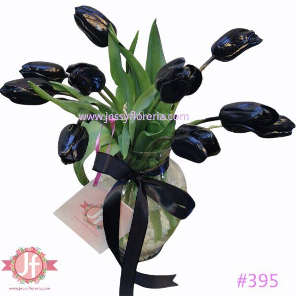 #395 Florero 10 tulipanes negros (pintado)